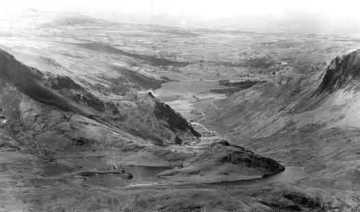 The Nantlle Valley from the summit of Snowdon (circa 1900)