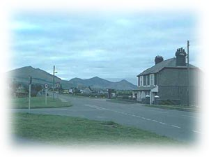 The Main Road, Pontllyfni